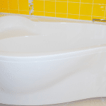 Арктиловая ванна в ванную комнату