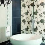 Вариант оформления плитки в ванной