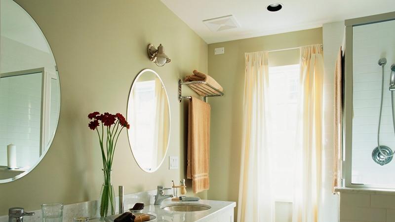 Вытяжка в ванную под потолок