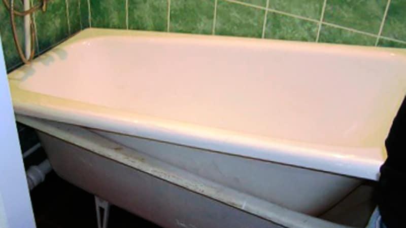 Как в чугунную ванну вставить акриловую