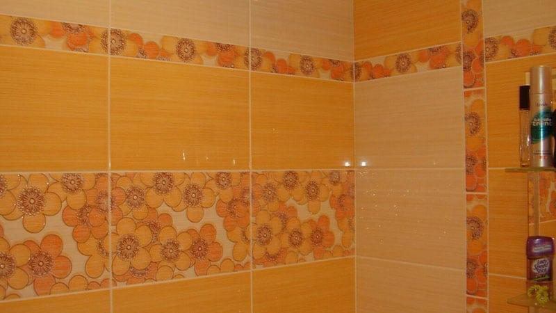 Облицовка стен санузла