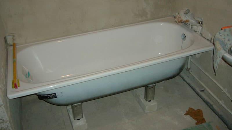 Как установить ванну своими руками на ножках фото 364