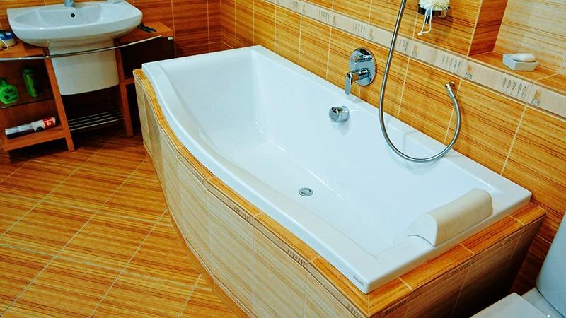 Какую ванну выбрать в ванную комнату