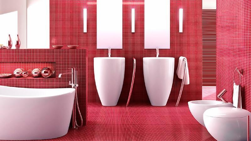 Красная плитка в ванной комнате