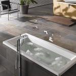 Самоклеющаяся виниловая плитка в ванную