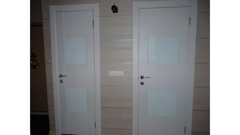 Пластиклвые двери в ванну