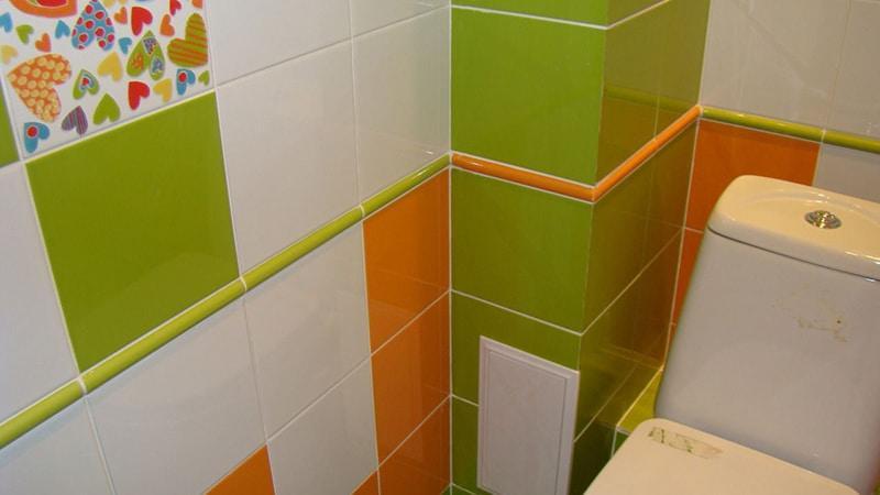 Яркая плитка для туалета