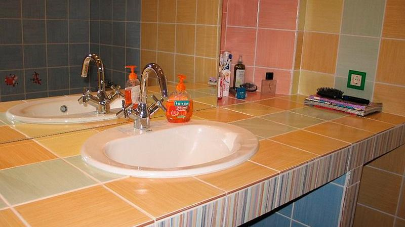 Стол под умывальник в ванную своими руками 27