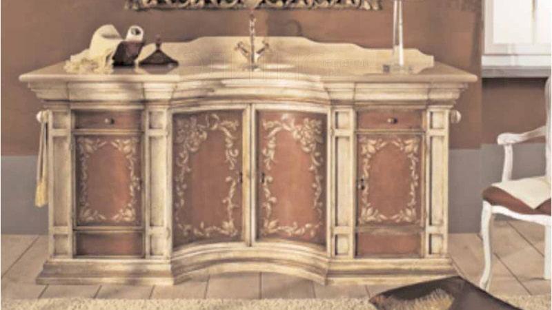 Шкафчик в ванную класса люкс