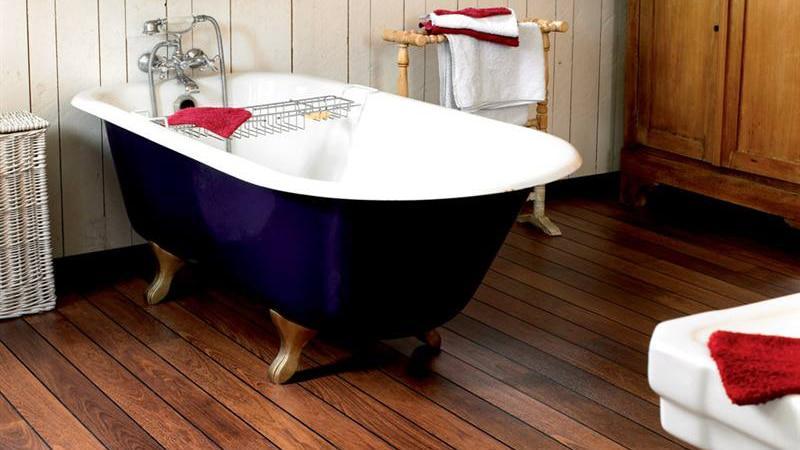 Что постелить на пол в ванной