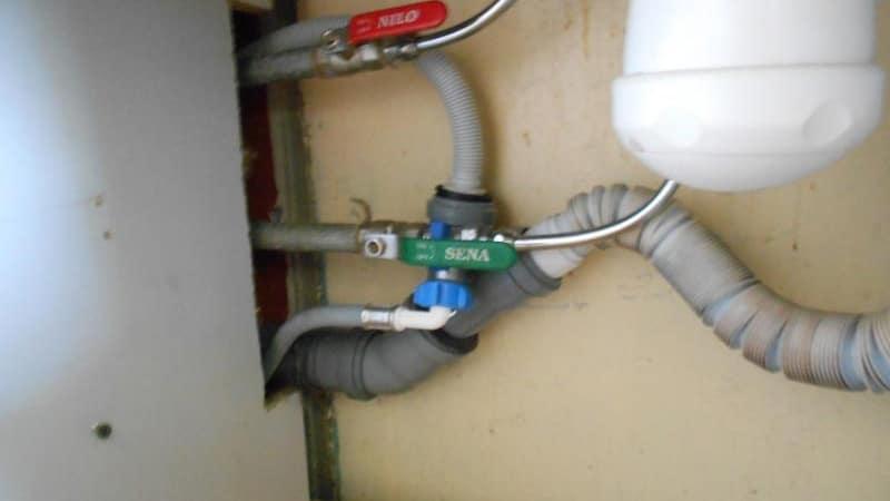 Подсоединение стиральной техники к канализации