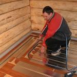 Процесс укладки теплого пола в деревянных домах