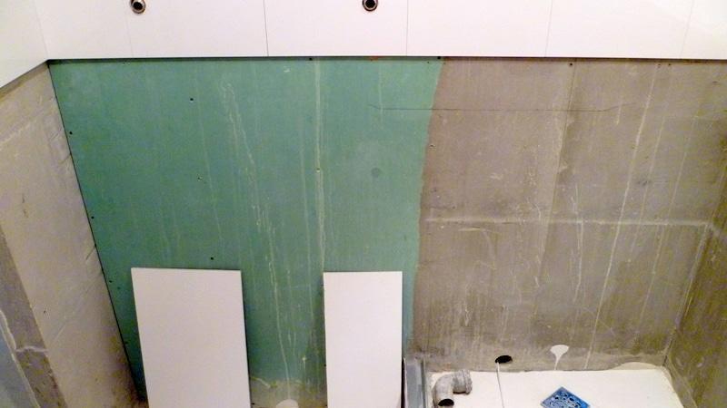Выравнивание стен в ванной гипсокартоном под плитку