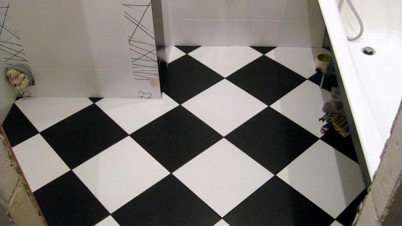 Фото дизайна пола санузла в панельном доме