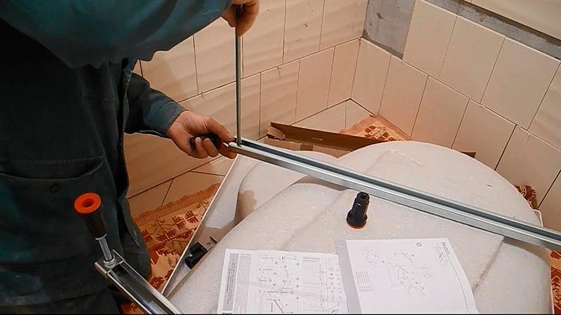 Сборка угловой ванны видео