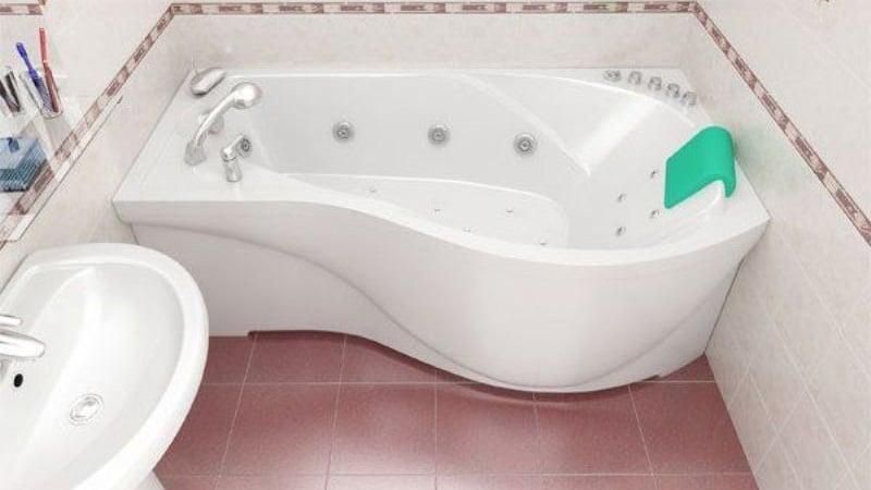 Акриловая ванна ассиметричной формы