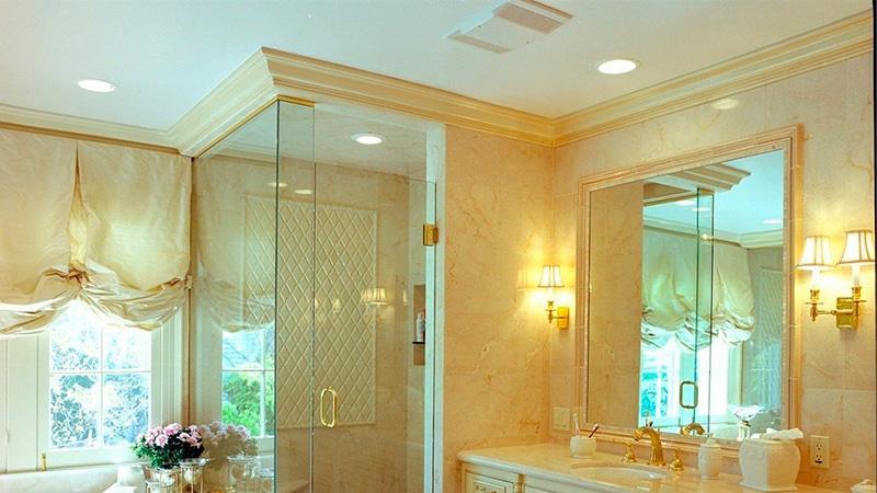 Плинтус в ванную