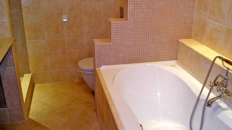 Перегородка в ванную из кирпича