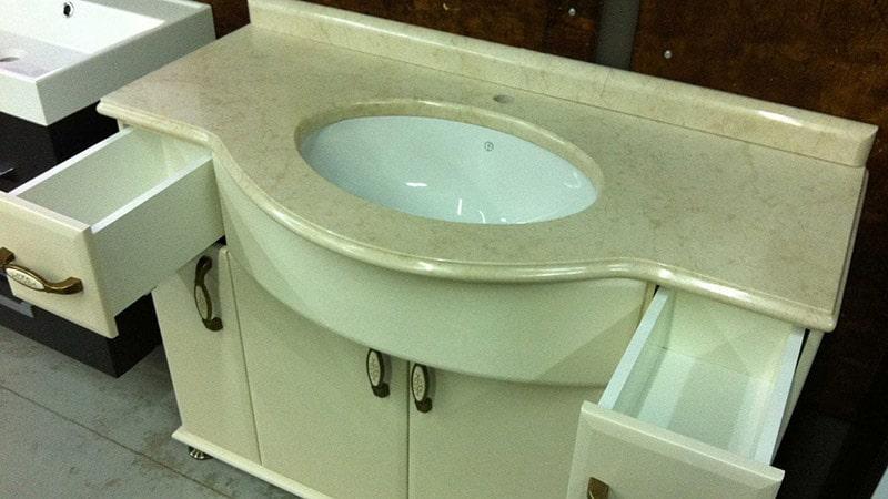 Встроенный умывальник для ванной