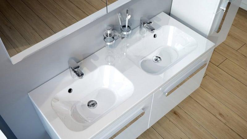 Сдвоенный умывальник для ванной