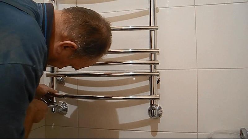 Полотенцесушитель, установленный своими руками