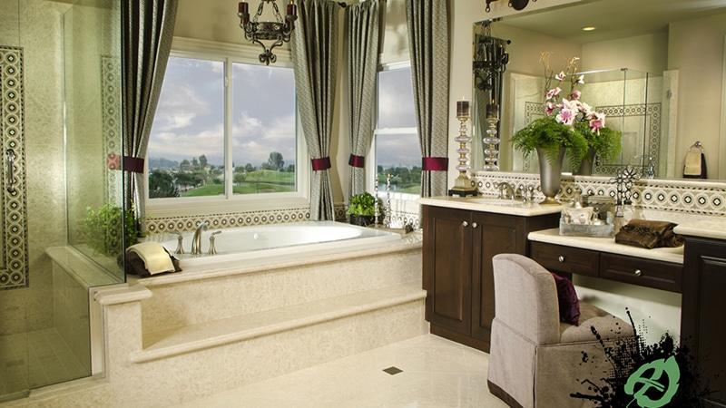 Декор окна в ванной
