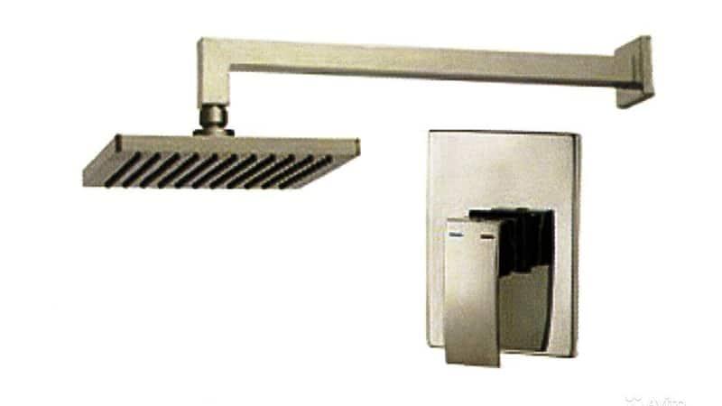 Декоративная наружная панель и лейка душа встраиваемого смесителя