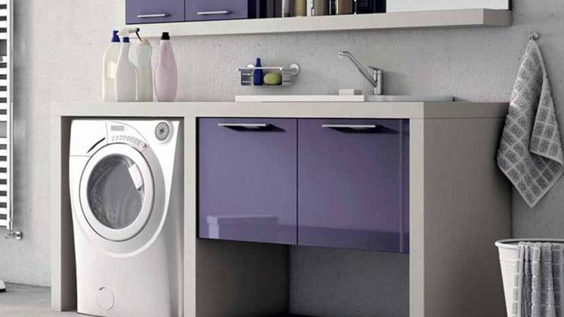 Стиральная машина под столешницу в ванной