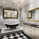 Цветовое решение классического интерьера ванной комнаты