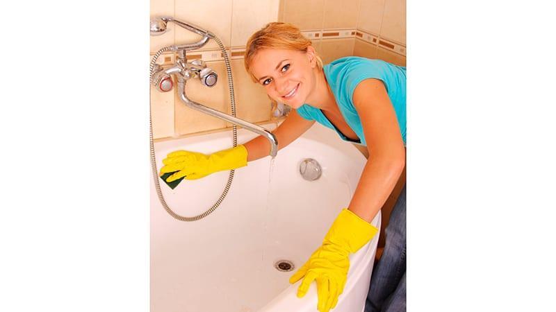 Как очистить эмалированную ванну
