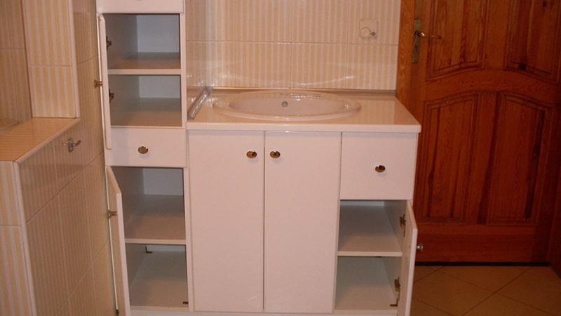 Недорогая мебель из древесных плит