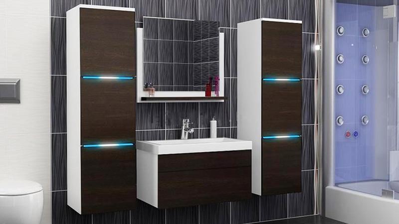 Пенал для ванной с подсветкой