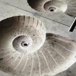 Умывальник из искусственного камня