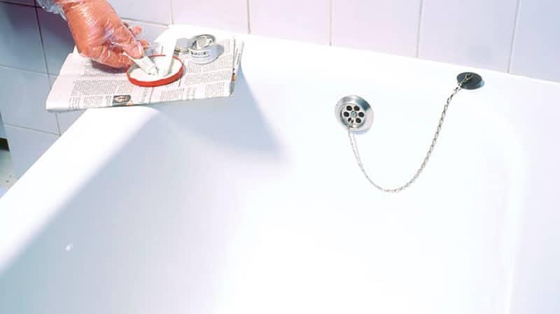 Как заделать скол эмали ванны – варианты выполнения ремонта
