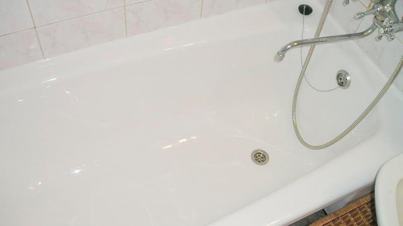 Скола в ванне