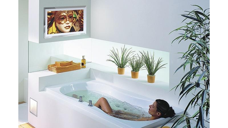 Телевизор для ванной комнаты