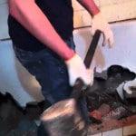 Демонтаж ванны кувалдой
